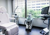 Laser Center - Plastic Surgery, Medspa and Laser Center | Clinique Dallas